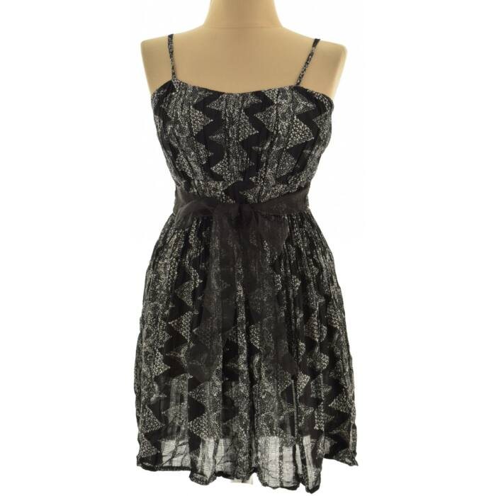 RAMPAGE fekete virágos ruha (Méret  S) 4871ca9e24